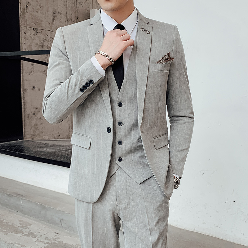 2020 Men Suit Young Professional Vertical Stripes Cultivate One's Morality Dress Suit Best Man Groom Three Wedding Dresses