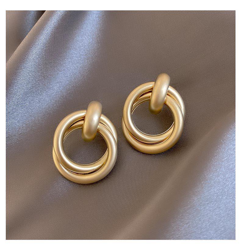 Geometric Earrings Famale Simple Fashion 2020 Sale New Metal Gold Stud Ear Rings for Women European Korean Trendy Luxury Design