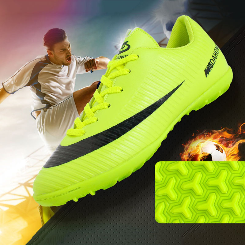 2019 Soccer Shoes Professional Football Boots Suferfly Cheap Futsal Sock Cleats Training Sport Sneakers Zapatos De Futbol Child