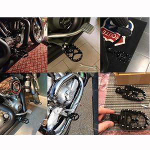 Image 2 - Mx Voetsteunen Motorfiets Breed Vet Voetsteunen Bobber 360 Roating Achter Voetsteunen Voor Harley Dyna Fatboy Sportster Iron 883 Straat bob