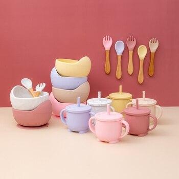 4 sztuk/zestawów miseczka silikonowa wodoodporna łyżka dla dzieci widelec naczynia zestaw do karmienia Eakproof silikon bez Bpa obiad puchar i miska produkt dla dzieci