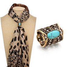 Gariton Cameo Scarf Clip Vintage Brooch Hollow Butterfly Rhinestone Brooches Women Metal Brosh