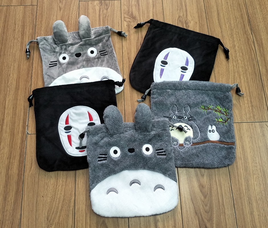 IVYYE 1PCS Totoro Spirited Away Cartoon Drawstring Bags Cute Plush Storage Handbags Makeup Bag Coin Bundle Pocket Purse NEW