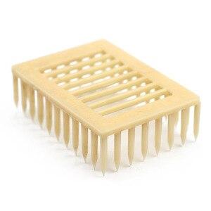 Image 2 - 50pcs Plastic Queen Marker Cage Clip White Creative Bee Catcher Beekeeper Beekeeping Tools Equipment 7.2*5.1*2.2CM 2019 New
