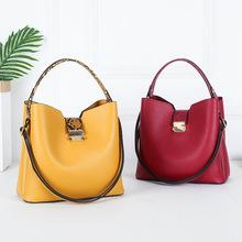 2020 w nowym stylu torba kompozytowa torebki damskie torebki damskie torebki luksusowych marek tanie tanio YOUSE Wiadro Skrzynki Top-uchwyt torby CN (pochodzenie) zipper SOFT Otwarta kieszeń Moda Poliester WOMEN Stałe Pojedyncze