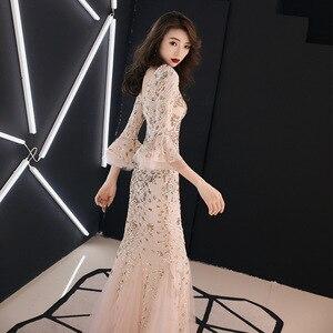 Image 2 - Bu YiiYa akşam elbise şampanya altın Sequins büyüleyici resmi trompet elbisesi v yaka parlama kollu uzun parti elbiseler E063