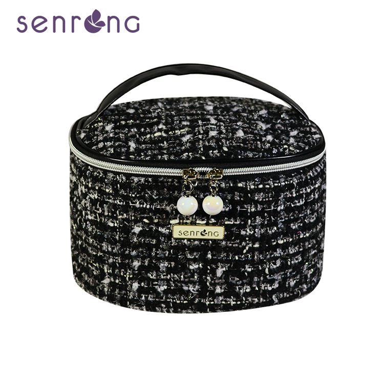 2020 new trendy cool pearl zipper cosmetic bag portable cosmetic bag travel storage cylinder flip bag cosmetic bag image