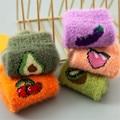 Новое поступление, женские забавные вечерние носки, Осень-зима, плюшевые носки из кораллового флиса с фруктами, женские теплые носки для сна...