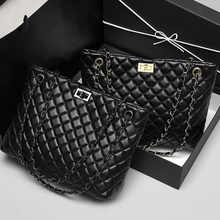 2020 العلامة التجارية الفاخرة المرأة منقوشة حقيبة حقيبة كبيرة مفتوحة من أعلى حقائب اليد النسائية مصمم أسود جلد كبير Crossbody سلسلة حقيبة ساعي السيدات