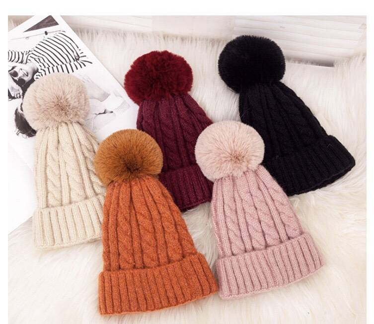 Winter Plush Knitted Hat, Color Contact Customer Service