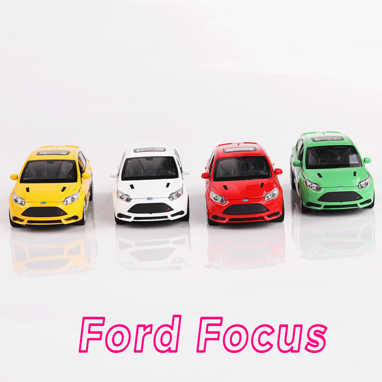 New 1:32 Ford Focus Alloy Diecast <font><b>Car</b></font> Model <font><b>Toy</b></font> <font><b>Electronic</b></font> Metal <font><b>Car</b></font> With light sound Pull Back For Kids <font><b>Toys</b></font> Gift Free Shipping image