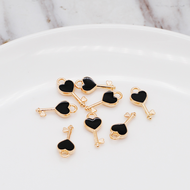 30pcs/lot New Heart Shape Key Enamel Pendant Carousel Charms for DIY Bracelet Necklace 3
