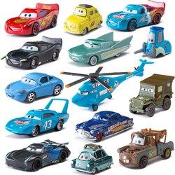 Samochód diney zabawka Pixar 3 zygzak McQueen Mater Jackon torm Ramirez 1:55 Diecat pojazd stop metali chłopiec zabawka dla dzieci Chritma