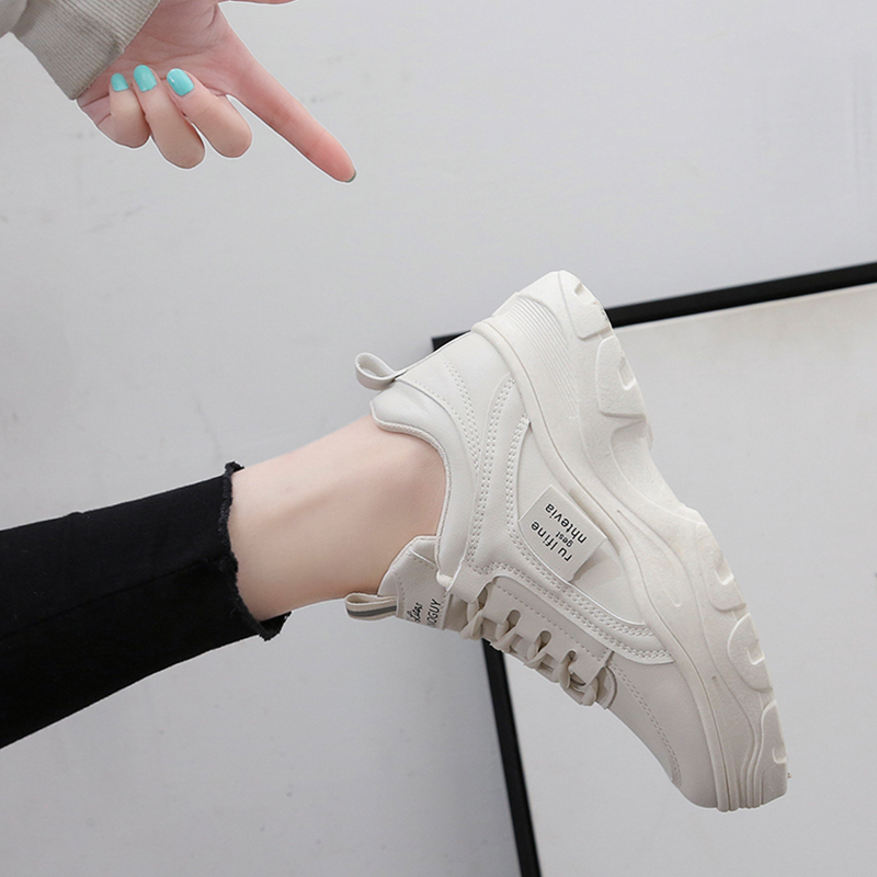 2020 New Fashion Pu Leather Platform Sneakers Classic Outdoor Sports Shoes Women Spring Comfort Lace Up Casual Shoes Beige