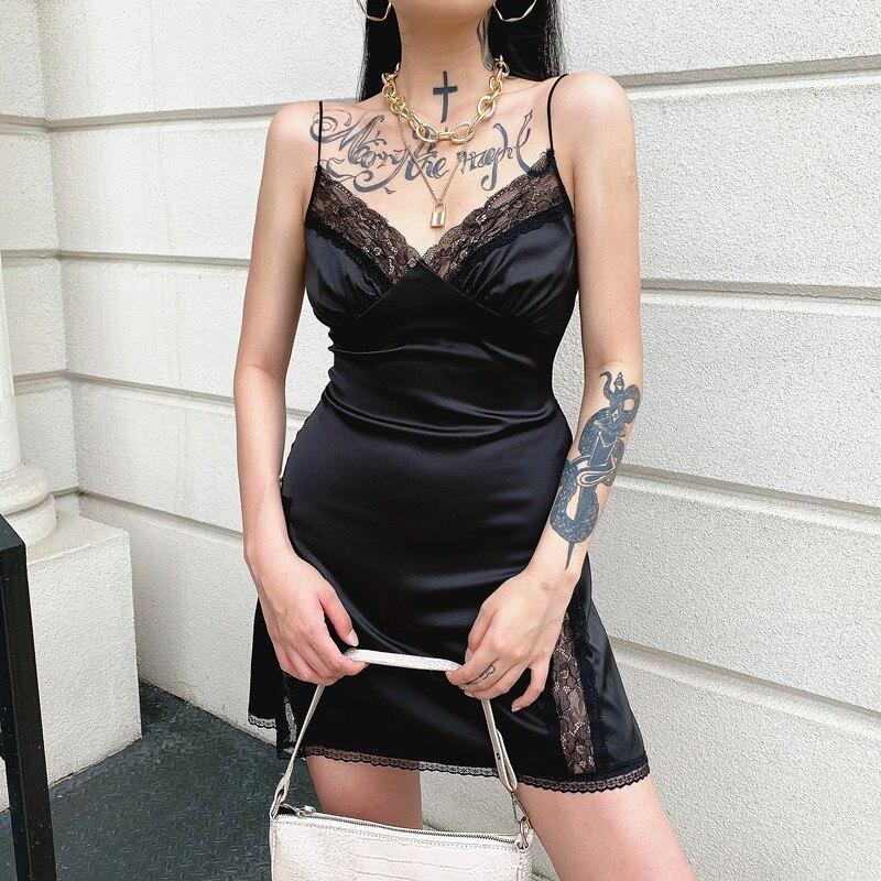 Darlingaga V Neck Satin Strap Sexy Black Dress Women Lace Patchwork Backless Summer Dress Mini Side Split Ladies Dresses Fashion