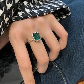 bague-argent-pierre-verte