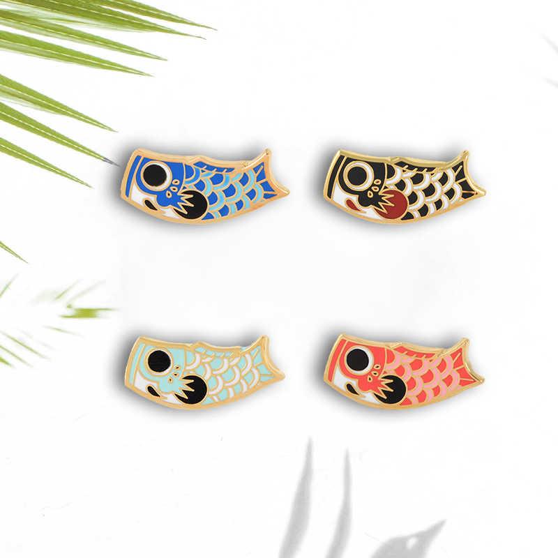 Bandera japonesa Koi Pin de la suerte de la carpa de la historieta de los peces del esmalte suave pines DE LA SOLAPA broches de la insignia para las mujeres hombres joyería Animal al por mayor