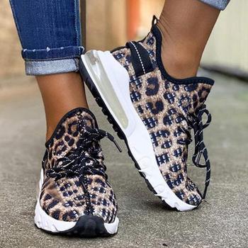 2021 trampki damskie buty wulkanizowane damskie buty na koturnie damskie Leopard Casual damskie buty damskie trampki Tenis Feminino tanie i dobre opinie DAILOU PŁÓTNO CN (pochodzenie) inny ZSZYWANE PANTERKA Cotton Fabric Na wiosnę jesień Niska (1 cm-3 cm) Sznurowane Dobrze pasuje do rozmiaru wybierz swój normalny rozmiar