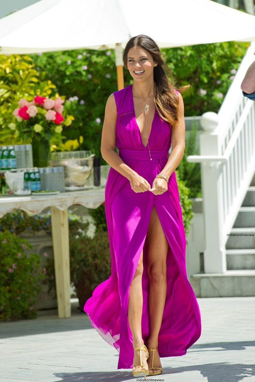 2018 Fashion Sexy V-Neck Front Slit Grape Chiffon Party Custom Vestido De Noiva  Off The Shoulder Mother Of The Bride Dresses