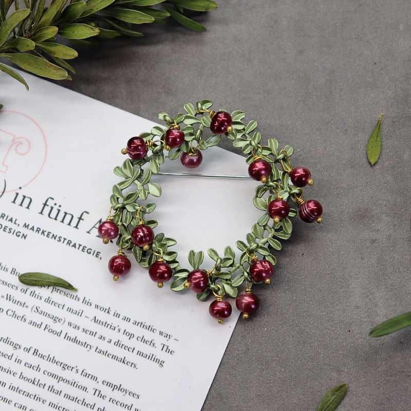 Fatti a mano Vintage pianta Spilla signora elegante temperamento di alta qualità pin perla cardigan Spilla letterario accessori