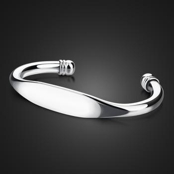 سوار عصري من الفضة الإسترليني للرجال. سوار بسيط أملس للرجال والنساء. سوار فضي 925 متين. مجوهرات رجالية ساحرة
