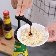Push-tipo de consumo de combustível garrafa bocal de pressão da bomba cabeça de óleo espremer doméstico molho de ostra garrafa bocal de pressão a01