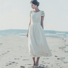 2018 New Boho Beach Laure De Sagazan With Short Sleeve Charming Bridal Gown Made in China Custom