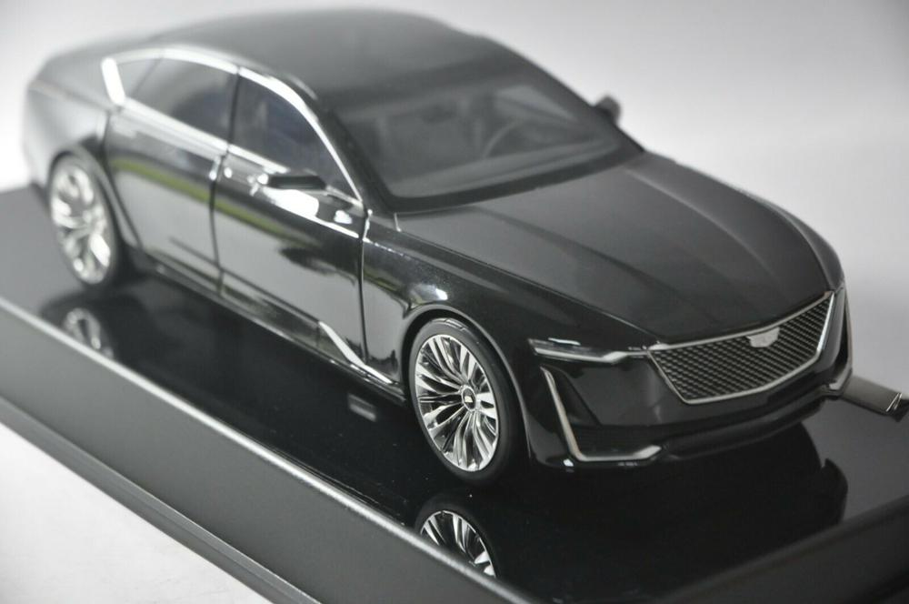 1:18 Diecast Model For GM Cadillac ESCALA Gaia 2019 Black Alloy Toy Car Miniature Collection Gifts