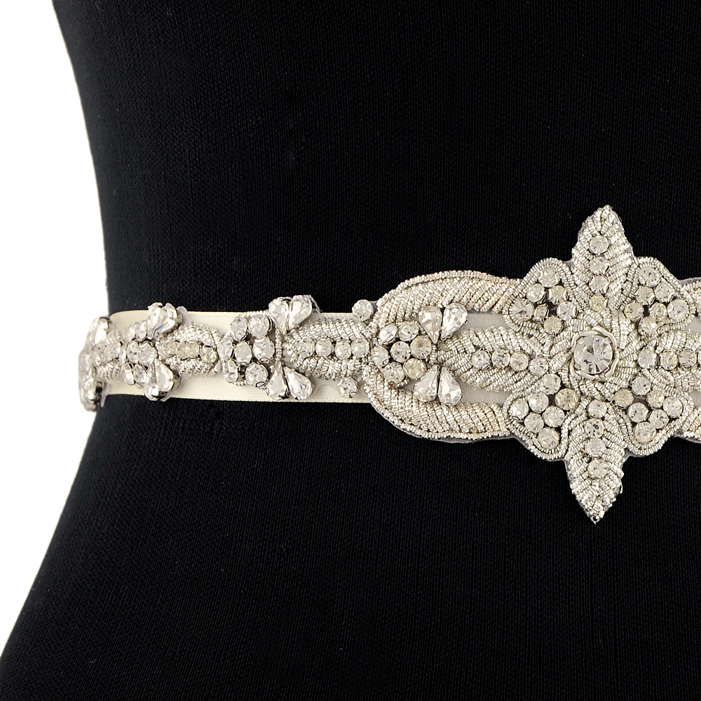 TRiXY S374 Rhinestones Bridal Belt Silver Wedding Belt Sash Luxury Indian Silk Beaded Belt Royal Medal Craft Diamond Bridal Belt