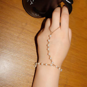 Fashion jewelry simple fashion pearl even finger Bracelet female personality creativity all-around jewelry wholesale