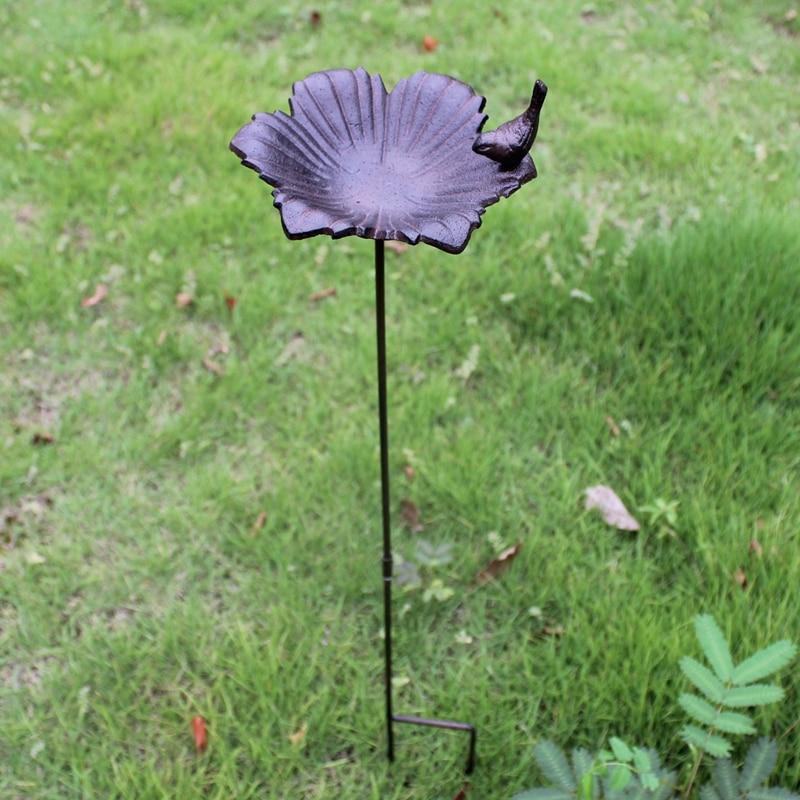 Antique Rustic Garden Flower Cast Iron Bird Bath With Long Plug European Home Outdoor Grass Lawn Insert Decor Iron Bird Feeder