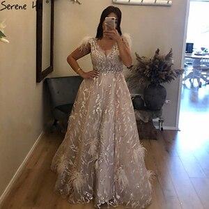Image 2 - Dubai champagne com decote em v vestidos de noite sexy 2020 penas de cristal sem mangas vestidos de noite 2020 sereno hill la70260