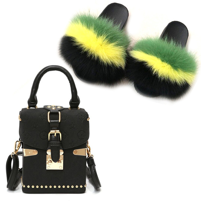 Фото шлепанцы женские шерстяные меховые тапочки маленькая сумка плюшевая цена