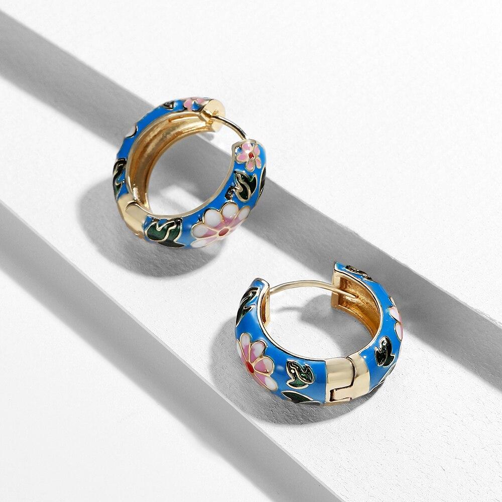 Nuevos pendientes de aro con diseño de flor esmaltada a la moda para mujer, pendientes pequeños de Estilo Vintage bohemio, joyería de declaración de 2020, regalos Brincos