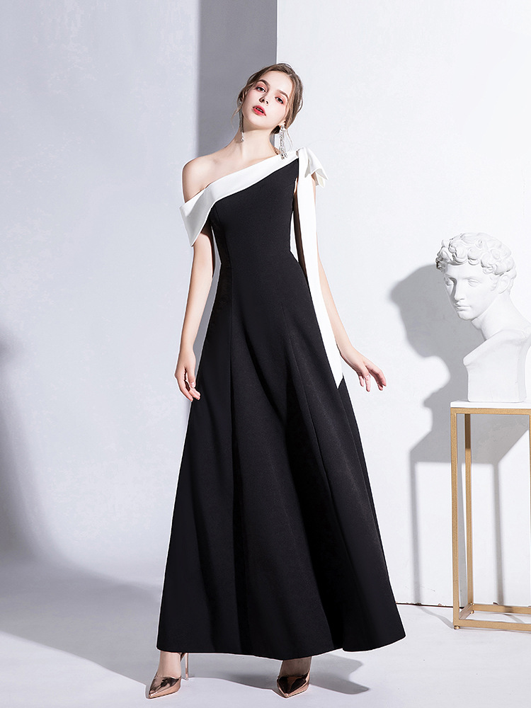 Elegant Celebrity Dress One Shoulder A-Line Satin Black White Special Bow Vintage Sleeveless Red Carpet Party Prom Evening Gowns