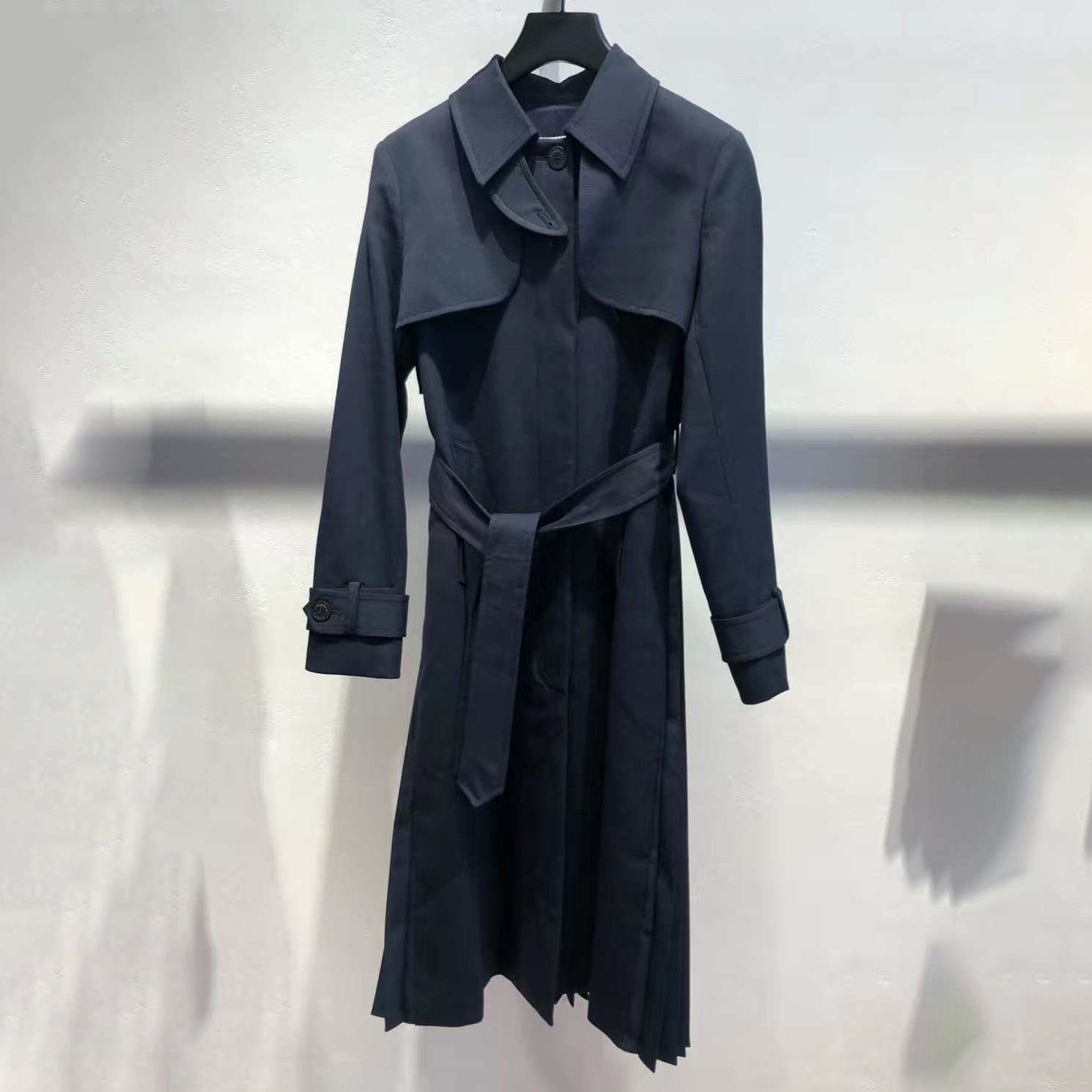 Women Trench 2019 Autumn and Winter New Temperament Pleated Stitching Tie Bow Windbreaker JacketTrench