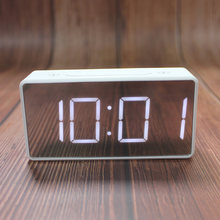 Будильник прикроватный стол электронные часы на батарейках бесшумный