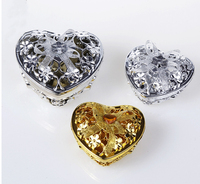 24 Creative Heart shaped Plastic Candy Box Wedding Retro Candy Box Chocolate Gift Box Wedding Party Gift Box