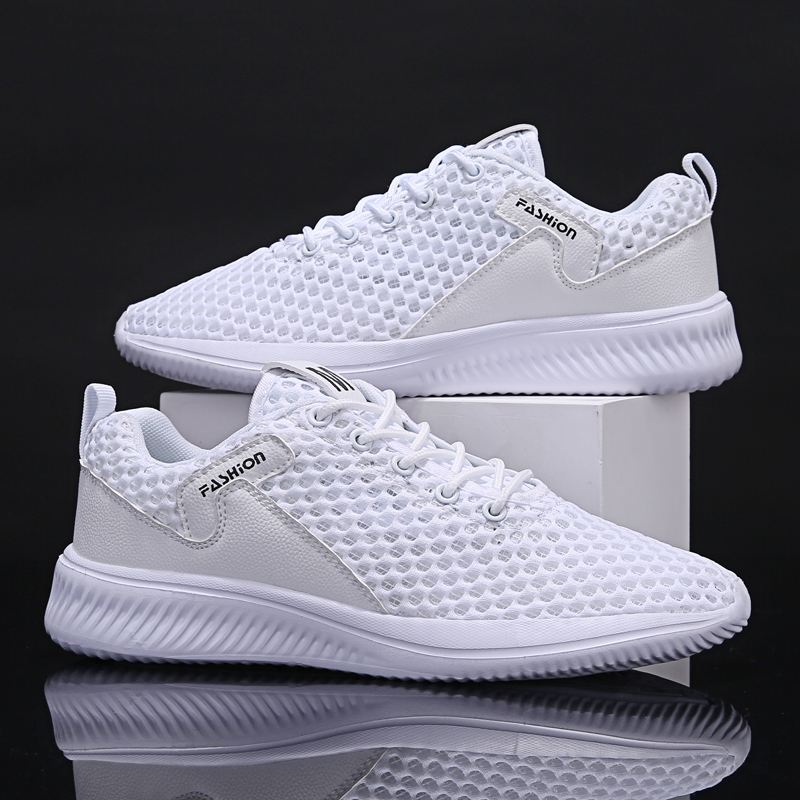 2020 New Fashion Shoes Men Casual Breathable Mesh Sneakers Lace-up Lightweight Shoes Comfortable Male Running Shoes Men Sneakers