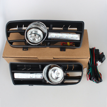 цена на Day Running Lights With Front Fog Light Lamp Turn Signal Lower Grill Auto Racing Grills For VW GOLF 4 for MK4 1997-2006 2 pcs