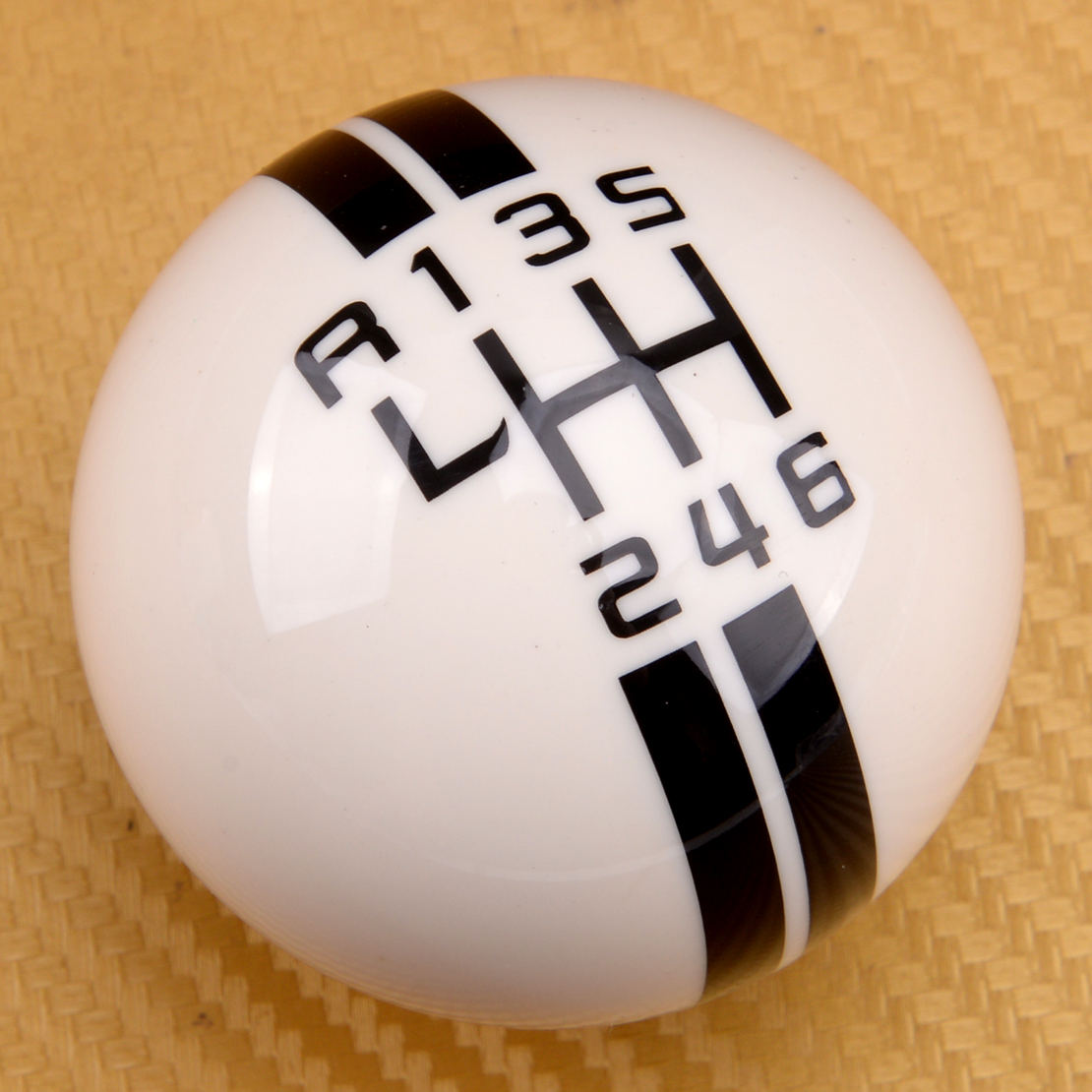 6 Speed Car White Manual Gear Shift Knob Ball Fit for Ford Mustang Shelby GT 500 Cobra MT Car Accessories