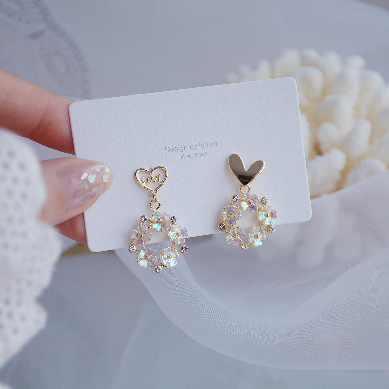 South Korea's new design fashion jewelry exquisite sweet asymmetric love flower shell female dangle earrings