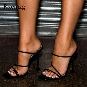 Image 2 - Rxemzg kadın terlik yaz açık flip flop kadın kare ayak yüksek topuklu terlik ayakkabı kadın seksi yılan baskı bayanlar sandalet