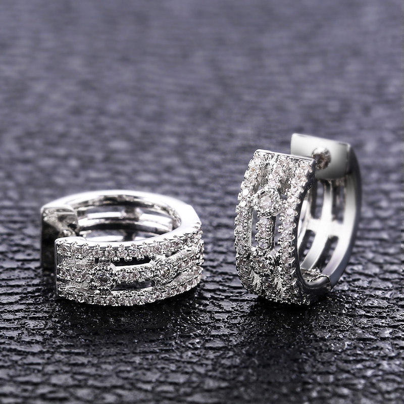 Huitan Delicate Small Hoop Earrings For Women Luxury Inlaid Cubic Zirconia High Quality Wedding Daily Classic Earring Jewelry