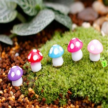 P2018 Creative 20Pcs/lot Fairy Garden Miniatures Mini Mushroom Decoration Resin Craft Figurines Manualidades PGM