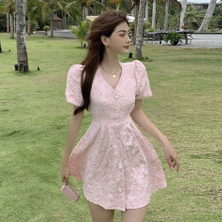 Французский жаккардовые наряд до талии с высоким уровнем Класс платье, платье с v-образным вырезом, женская летняя обувь с жемчугом и с узоро...