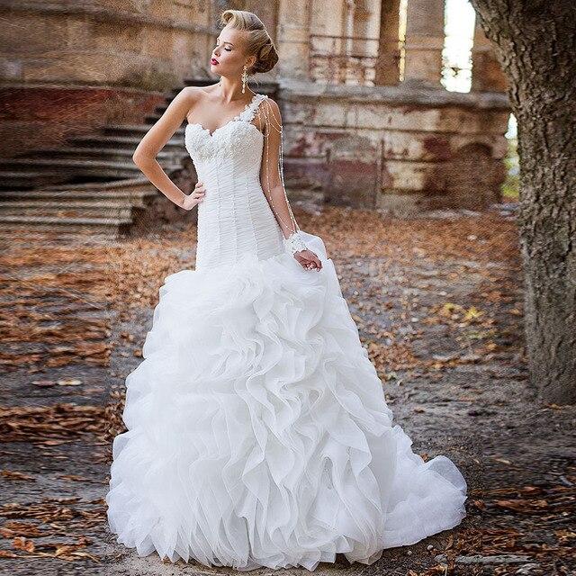 אפליקציות ואגלי פנינים קפל לבן חצוצרת חתונת שמלות עם קפלי חצאית Vestido דה Noiva Sereia נסיכת בת ים שמלות