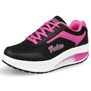 Image 2 - COWCOM Весенняя спортивная обувь, женская обувь для отдыха, увеличивающие рост туфли на толстой подошве, женская обувь фиолетового цвета, размеры 33