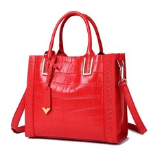 Classic crocodile pattern ladies leather fashion trend soft bag European and American travel business daily shoulder