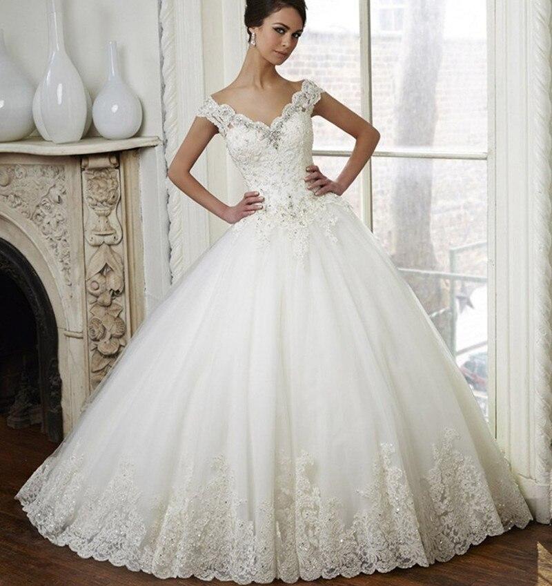 Vintage Lace Ball Gown Wedding Dress Off Shoulder Beaded Bridal Dresses 2016 Sweep Train Crystal Wedding Gowns Vestido De Noiva